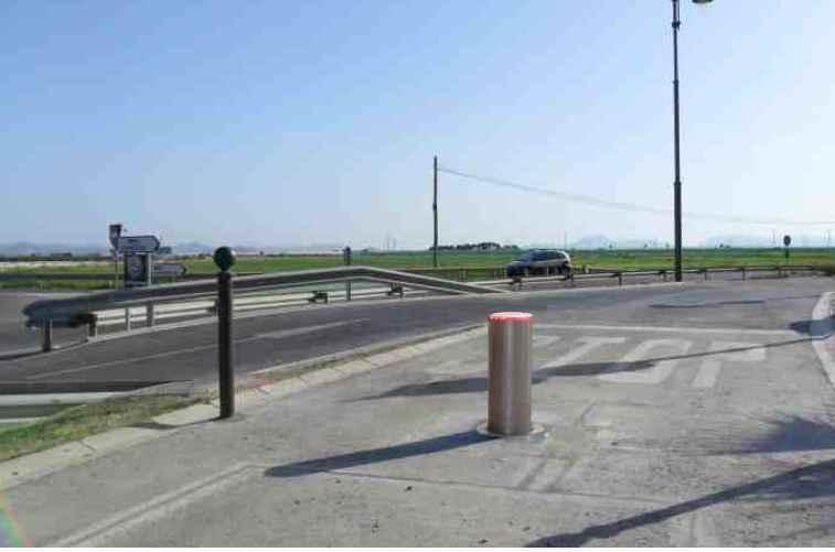 Pilona automática para controlar trafico rodado intenso